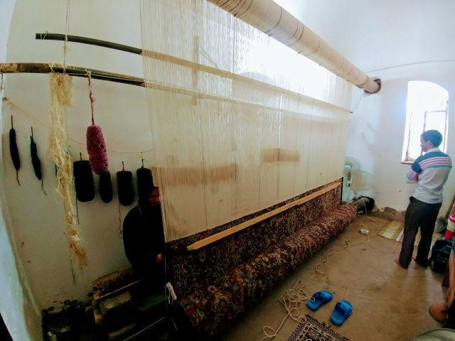 ラーヴァルの絨毯づくり