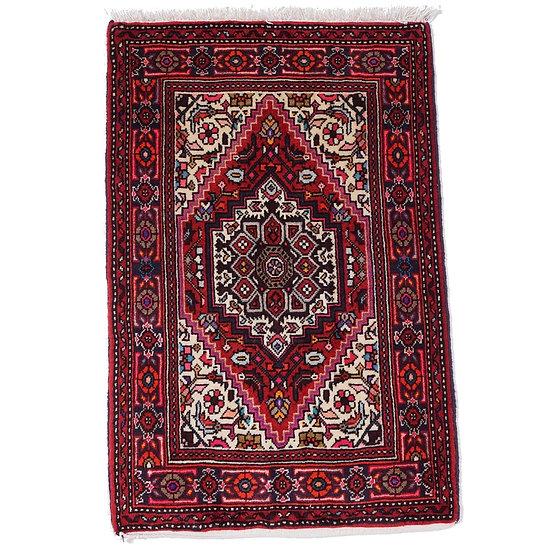 ペルシャ絨毯 ゴルトク 77×51cm