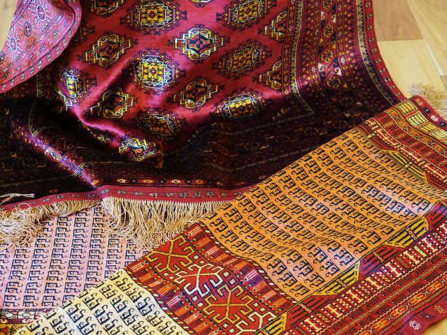 トルキャマン シルク両面織絨毯 販売中