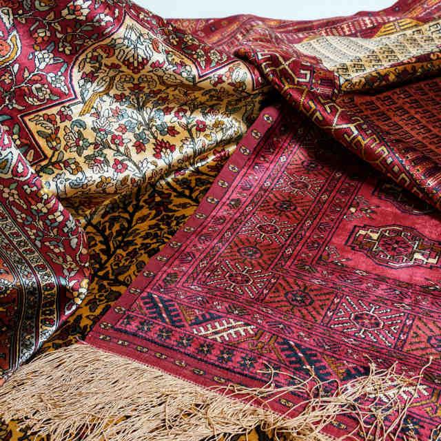 ドゥイドフ シルク両面織絨毯