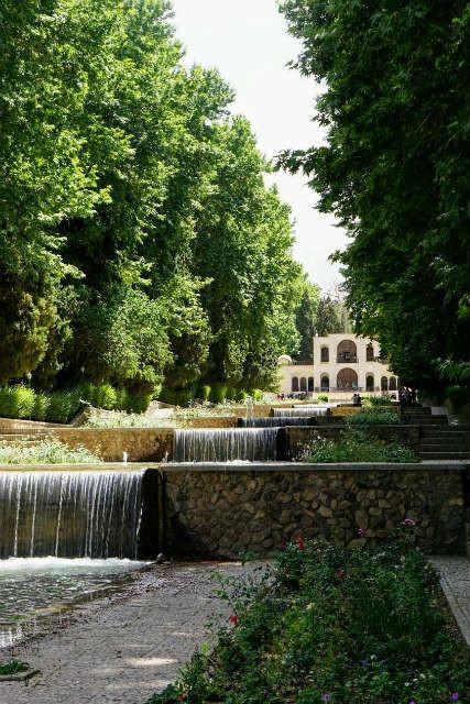 シャーザーデ庭園 イラン マーハーン