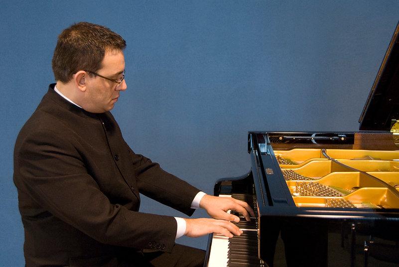 Concert Pianist,Liszt,Rachmaninov,Beethoven,