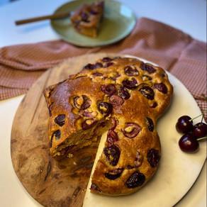 Cake moelleux yaourt & cerise