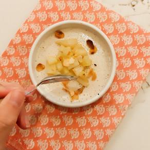 Crème onctueuse cajou et poire, amandes grillées