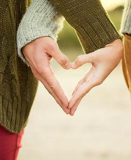 couple-hand-sign-hands-41073.jpg