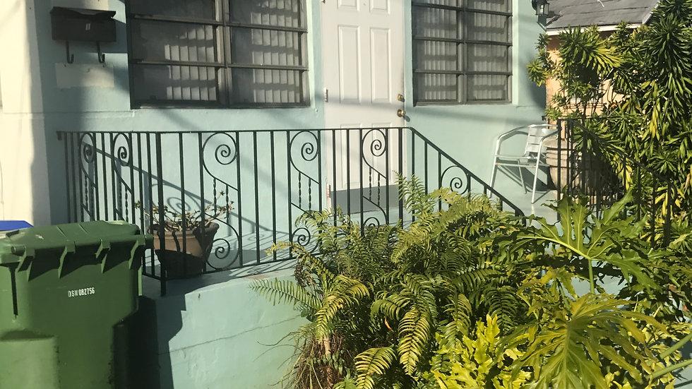 Duplex 2961 SW 21st Ter Miami, FL 33145