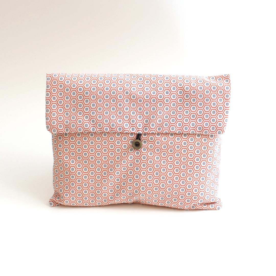 Pochette cadeaux en tissu upcyclé
