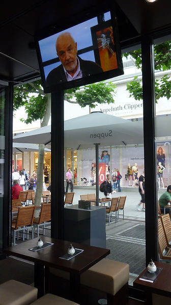 Cafe Frankfurt Zeil - 109952 Displayschw