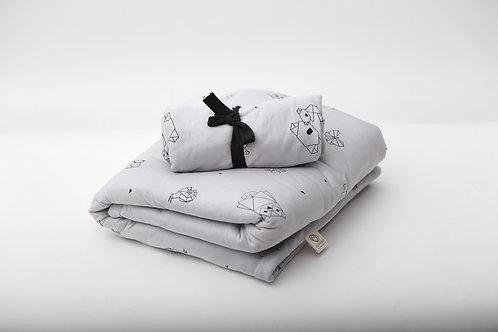 מארז מצעים לעריסת תינוק עם סדין מיטה תואם