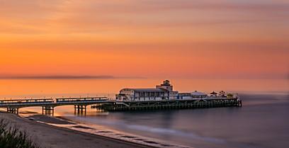 Bournemouth Pier at Sunrise.jpg