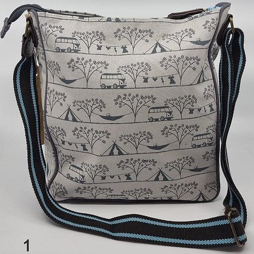 Tamelia Shoulder Bags