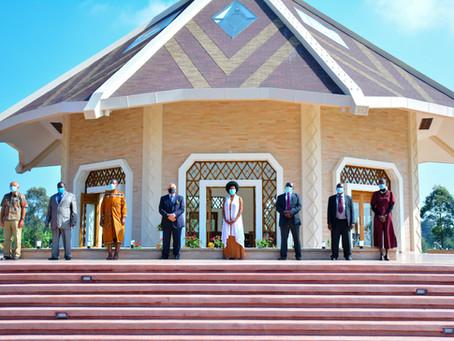 Quênia: Primeiro templo local Bahá'í na África abre suas portas