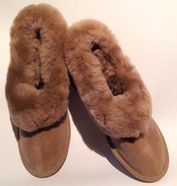 Women's Luxurious Sheepskin slippers