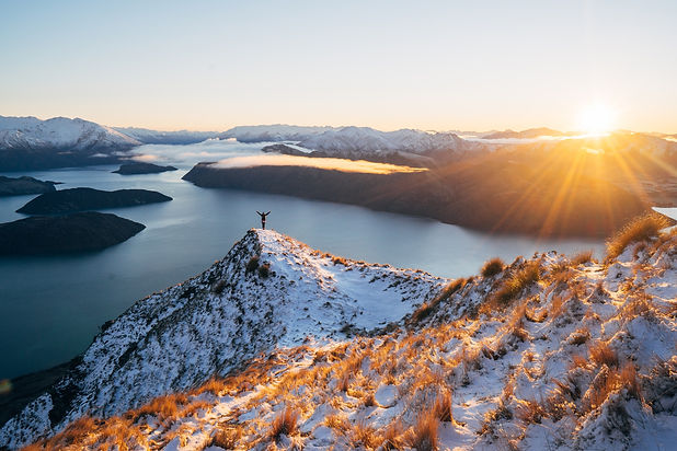 Roys-Peak-Wanaka-Winter-Sunrise-JL_no_ex