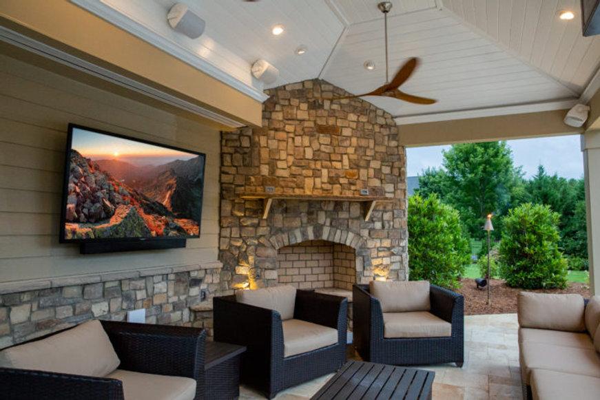 Outdoor Living - Veranda-HDR-726x484.jpg