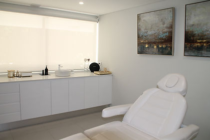 Lumi Medispa treatment room