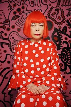 Retrato-Yayoi-Kusama-2011.-Cortes-¡a-Victoria-Miro-Gallery-London-Ota-Fine-Arts-Tokyo-and-