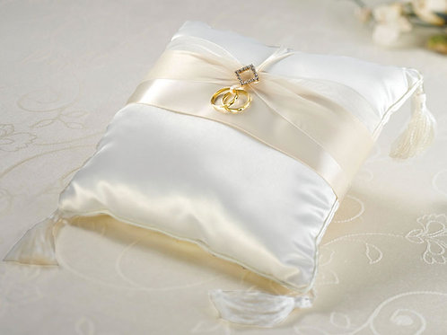 Ivory Diamond Ring Pillow