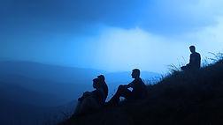 silhouette-people-1209722_1920.jpg