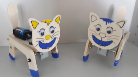 Wackeltier Katze