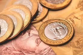 Governo paga INSS de R$ 1.567 e anuncia FGTS de R$ 1.045 para 2020