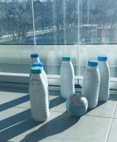 bouteilles de lait recyclées playdate