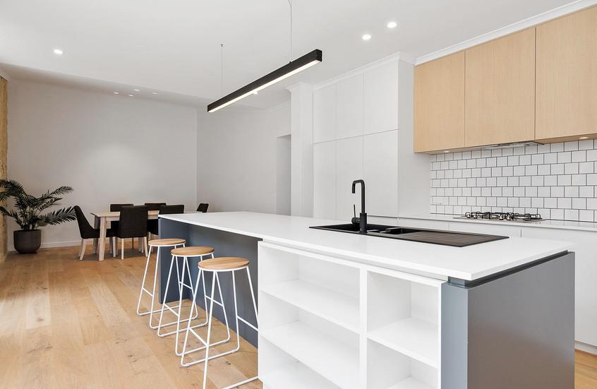 Courtico Stables Kitchen 1.jpg