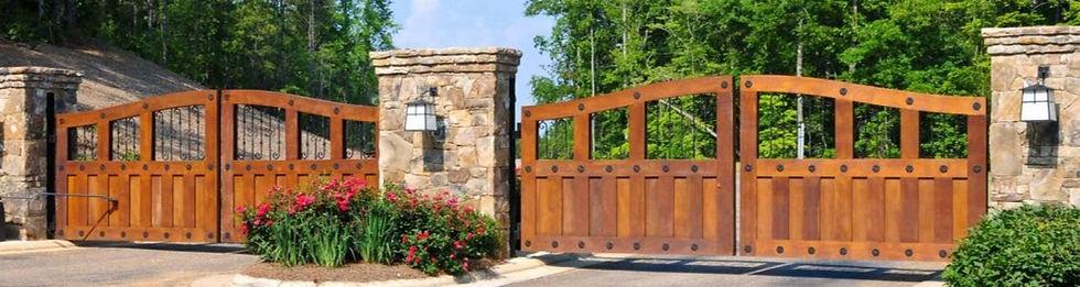 gated-community-security-california-1110x550_edited.jpg