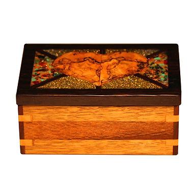 Mendez Cross My Heart Box