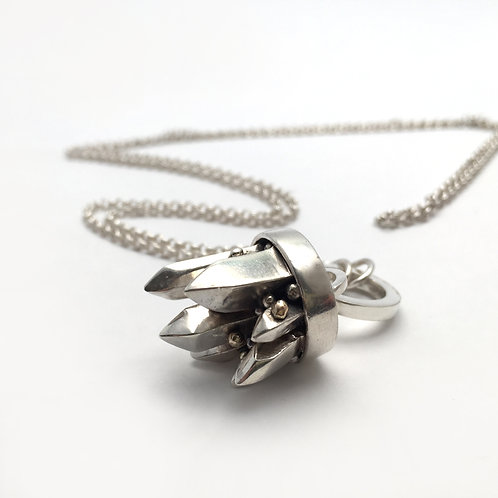 Cluster Pendent
