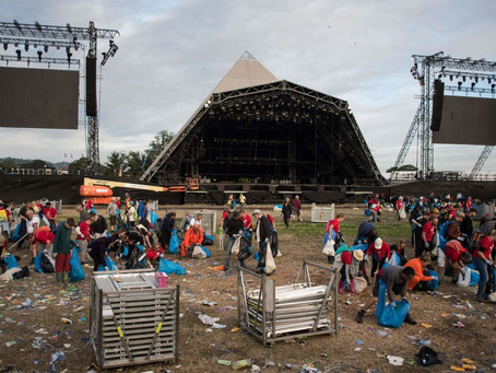 Glastonbury Festival to stop selling single-use plastic bottles