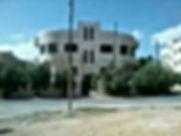 بيت طابقين اربع شقق على دونم طريق المطار بجانب كان زمان للبيع على شارعين