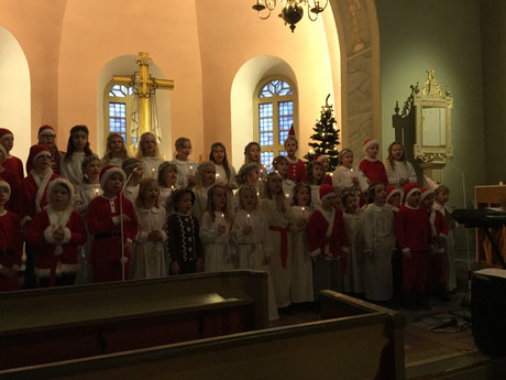 Luciafirande i kyrkan och på turné