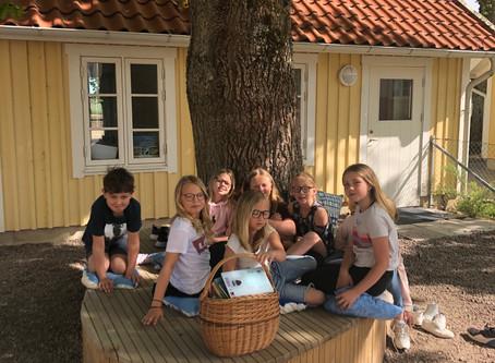 Eleverna trivs i nya läshörnan
