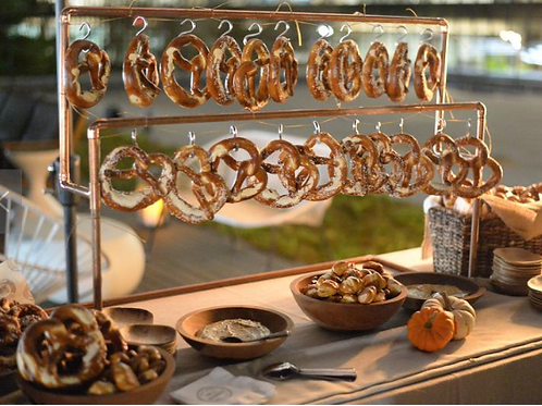 24 Pretzels Gold Pretzel Bar