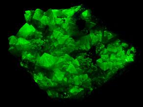 Escherlike crystals of Adamite