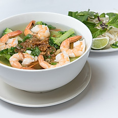 P3 Pho with Shrimp and Mixed Vegetables