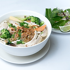 P2 Pho with Chicken and Mixed Vegetables