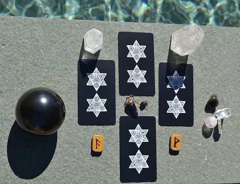 Tarot Spread Crystal.jpg