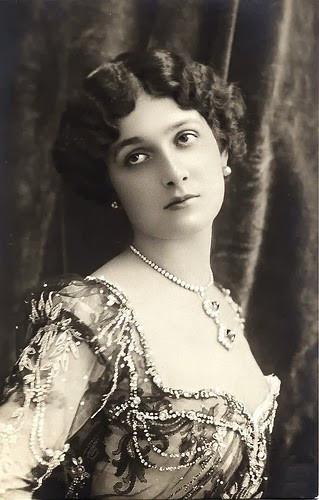 Лина Кавальери