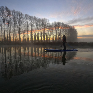 Sunrise SUP on the Thames.JPG