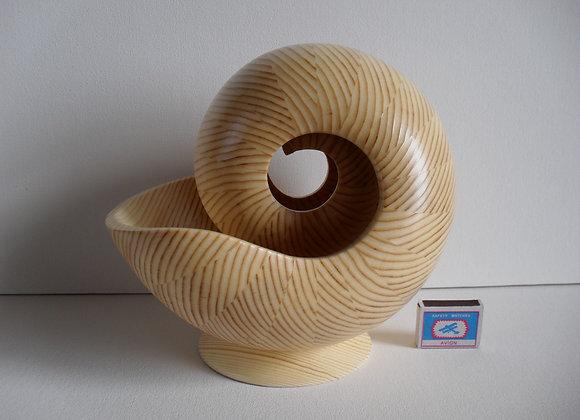 Декоративная скульптура из дерева Наутилус - 1 БМ