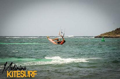 kitesurf-strapless.jpg