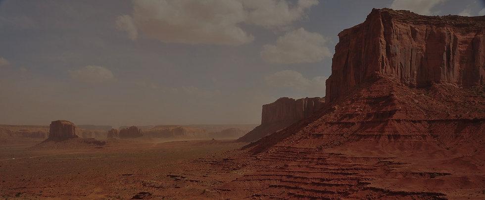 desert-1448579_1920_edited.jpg