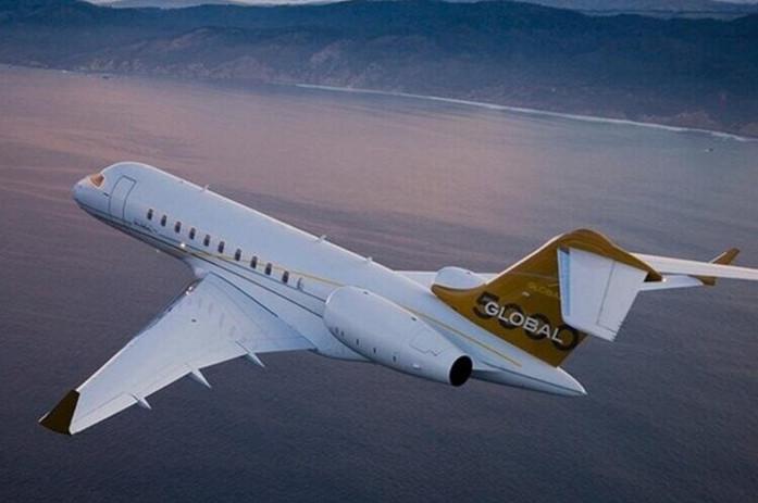 Bombardier-Global-5000-PrivateFly-AA9557+%281%29 (1).jpg