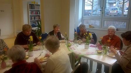 """Gemeinsames Mittagessen in unserem Senioren-Quartiertreff """"Am Katzenberg"""", Erfurt"""