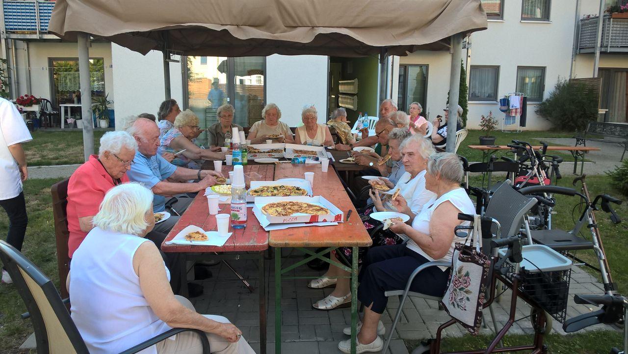 Feiern im Gemeinschaftsgarten