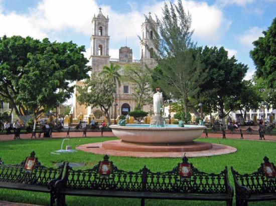 """Fuente """"La Mestiza"""", bello atractivo de Valladolid Yucatán."""