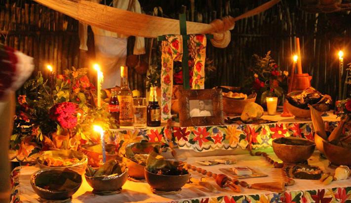 En Valladolid se celebra el Hanal Pixan.