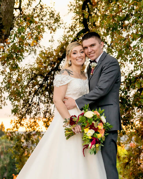 Bride & Groom with valley oak and sunset